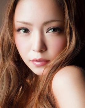 安室奈美恵2.png
